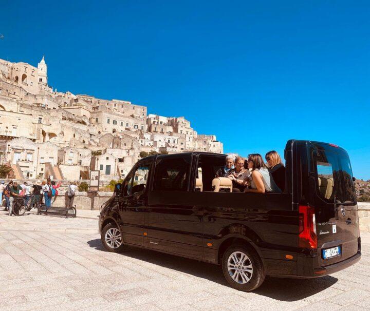NCC Matera - Minivan Open Top - Matera - Turisti e Sassi