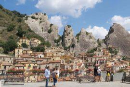 Viaggi culturali in Puglia e Basilicata - castelmezzano