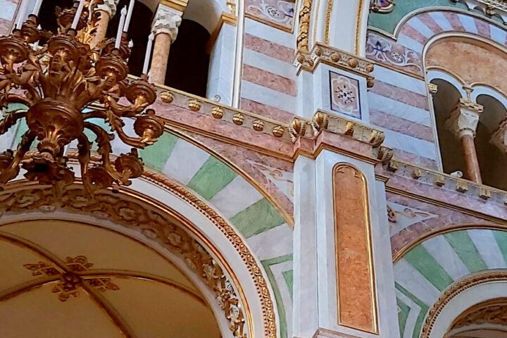 La Cattedrale di Altamura e i suoi colori - interno